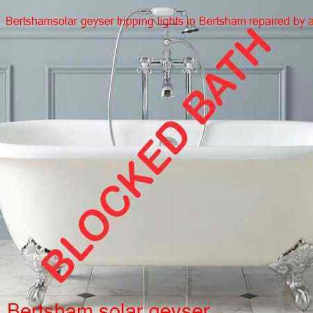 Bertsham blocked bath cleaning with latest tools by qualified plumbers offering a free call out in Bertsham and surrounding areas of Johannesburg in Gauteng.
